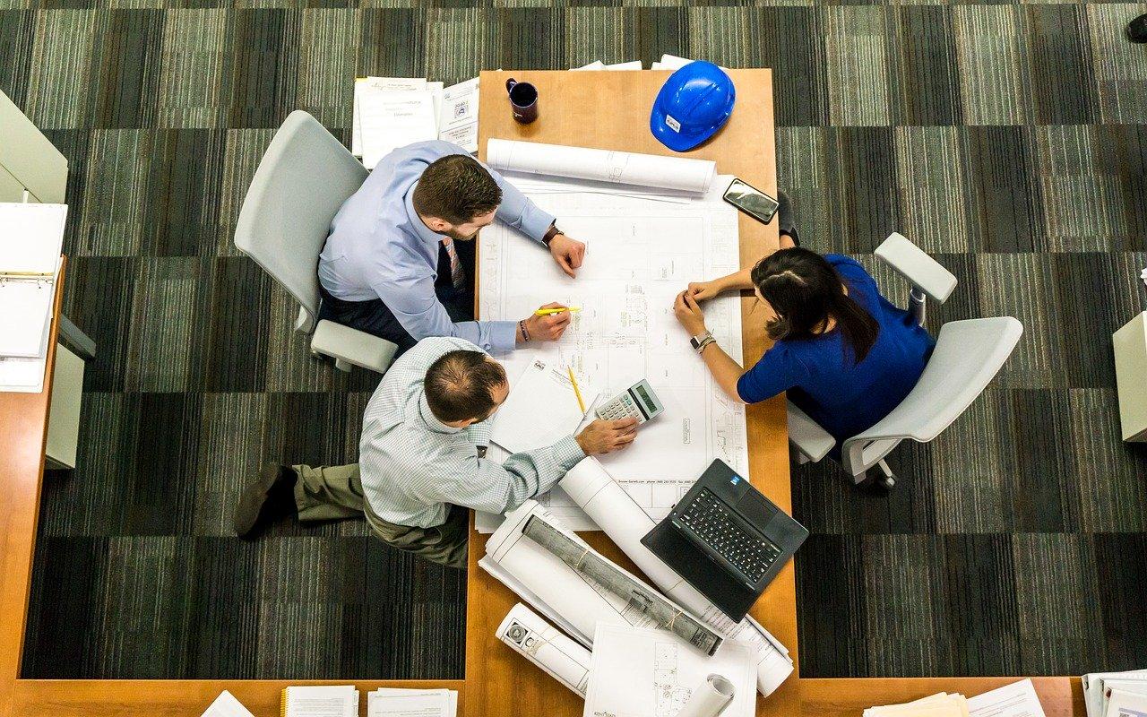 Год с проектным финансированием и эскроу: эксперты строительной и банковской сферы рассказали о проблемах и достижениях