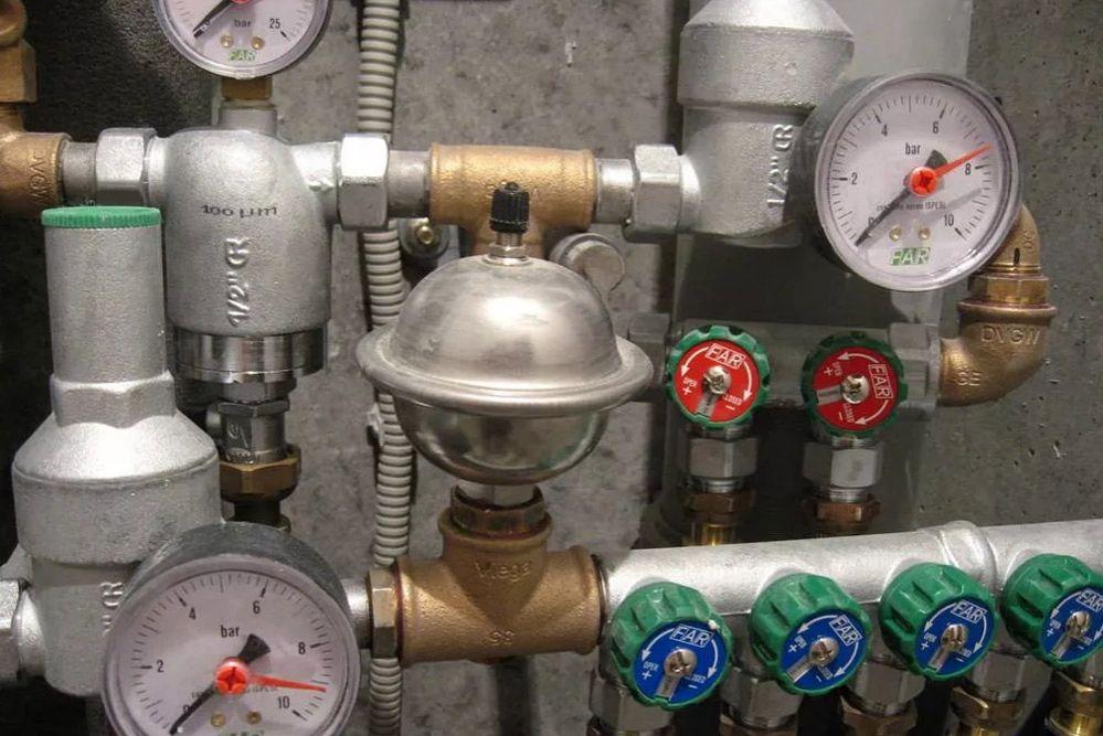 Ростовчанам рекомендуют переходить на закрытые системы горячего водоснабжения