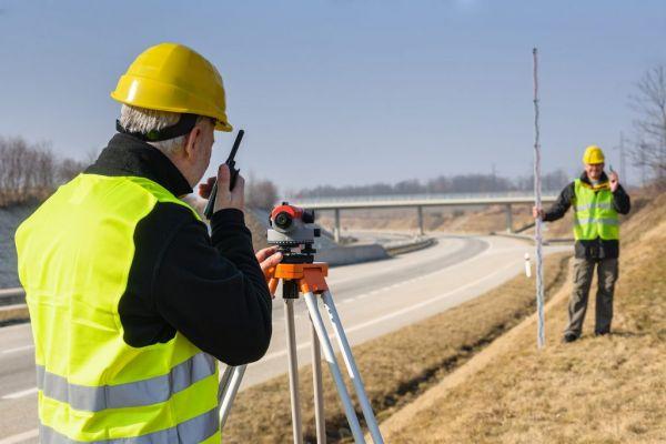 Геодезист или кадастровый инженер – в чем отличие?